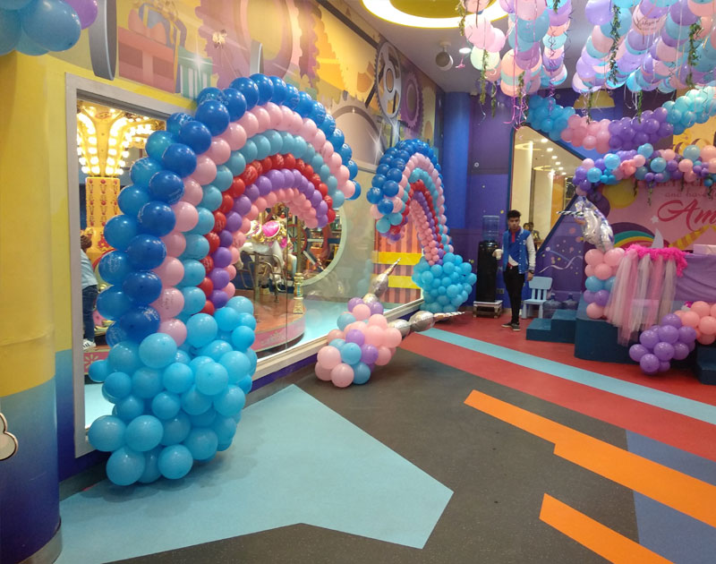 Balloons Decoration Services